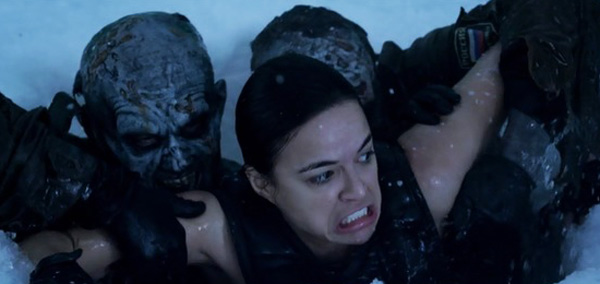 resident-evil-retribution-michelle-rodriguez-attacked-by-zombies-in-the-water-ice